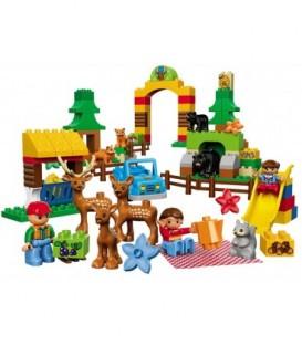 LEGO® Parcul din Padurea LEGO DUPLO [10584]