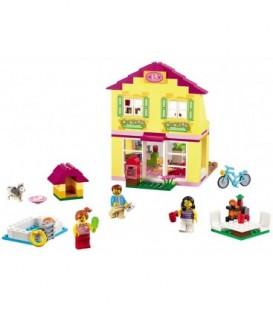 LEGO® Casa familiei [10686]