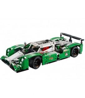 LEGO® Masina pentru curse de 24 ore [42039]