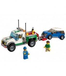 LEGO® Camioneta de remorcare [60081]