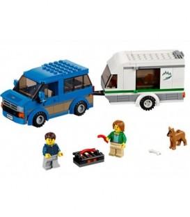 LEGO® Furgoneta si rulota [60117]