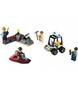 LEGO® Set pentru incepatori - Inchisoarea de pe insula [60127]