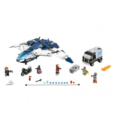 LEGO® Urmarire in oras cu Quinjetul Razbunatorilor [76032]