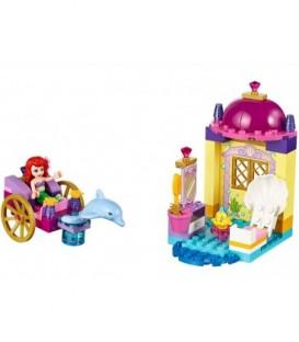LEGO® Trasura cu delfini a lui Ariel [10723]