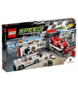 LEGO® Porsche 919 Hybrid si 917K Pit Lane [75876]
